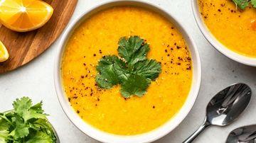 Supă indiană de linte galbenă