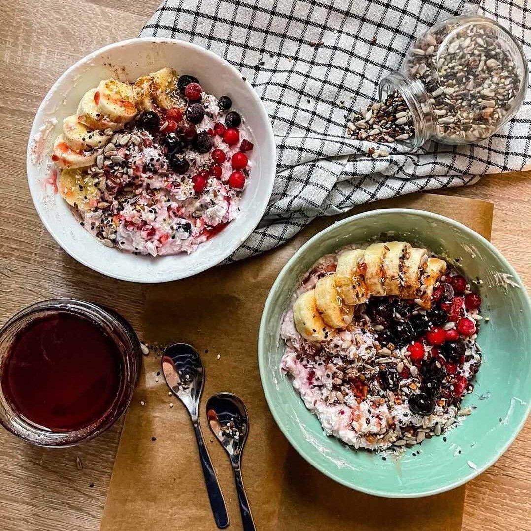 reteta mic dejun cu miere cu fructe Magic Glow