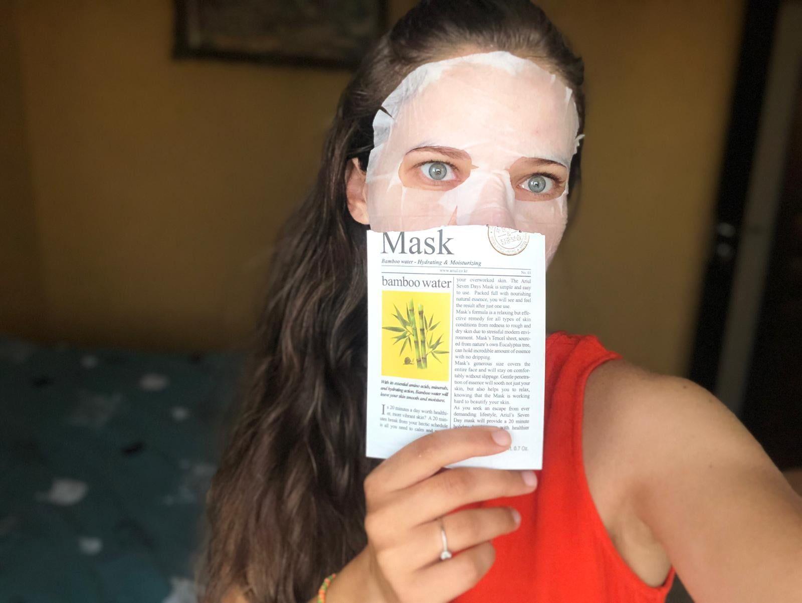 masca de fata cu apa de bambus